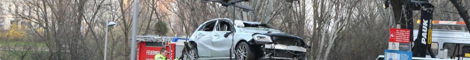Autounfall Wien - Abschleppdienst_pauk_auto_donaukanal am 2016.03.17